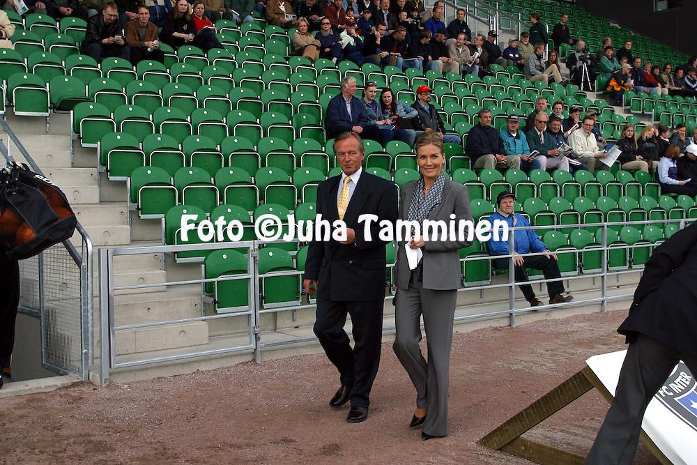 15.05.2003, Veritas Stadion, Turku, Finland..Veikkausliiga 2003 / Finnish League 2003.FC Inter Turku v TPS Turku.Kulttuuriministeri Tanja Karpela tulee vihkim??n Veritas Stadionia..©Juha Tamminen