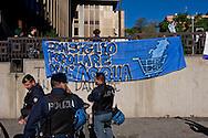"""ROMA, ITALIA - 27 Ottobre: Il Consiglio Popolare dell'acqua e della democrazia occupa la sede della Marco Polo Srl : una """"join venture"""" di proprieta Acea ( Azienda Comunale Energia e Ambiente) per chiedere una gestione partecipata dell'acqua e dei servizi pubblici  il 27 ottobre 2016 a Roma, Italia. Foto di Stefano Montesi<br /> ROMA, ITALY - OCTOBER 27:  The People's Council Water and democracy occupies the seat of Marco Polo Srl: a """"join venture"""" owned ACEA (Municipal Energy and Environment Company) to ask  a participatory management of water and public services on October 27, 2016 in Rome, Italy."""