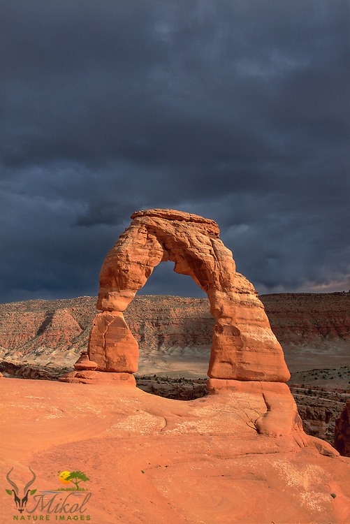 Thunderstorm approaching behind Delicate Arch