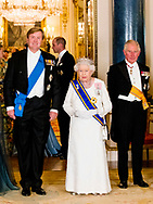 Queen Maxima of the Netherlands during State Banquet at Buckingham Palace, on the first of the 2 day state visit by the Dutch Royal Pair to the UK. Queen Maxima is wearing a rare crown, with a Stuart diamond, the Dutch Royal family inherited from King William and Queen Mary in 1702, when King William died. King Willem-Alexander and Queen Maxima of The Netherlands pose with Queen Elizabeth and Prince Charles of the United Kingdom for the official photo ahead the state banquet in Buckingham Palace in Londen, United Kingdom, 23October 2018. The Dutch King and Queen are in the United Kingdom for an two day official state visit.  copyright robin utrecht