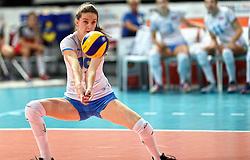 28-09-2015 NED: Volleyball European Championship Polen - Slovenie, Apeldoorn<br /> Polen wint met 3-0 van Slovenie / Valentina Zaloznik<br /> Photo by Ronald Hoogendoorn / Sportida