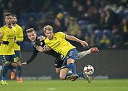 FODBOLD: Nikolai Laursen (Brøndby IF) presses af Jonas Bager (Randers FC) under kampen i Superligaen mellem Brøndby IF og Randers FC den 24. februar 2019 på Brøndby Stadion. Foto: Claus Birch.
