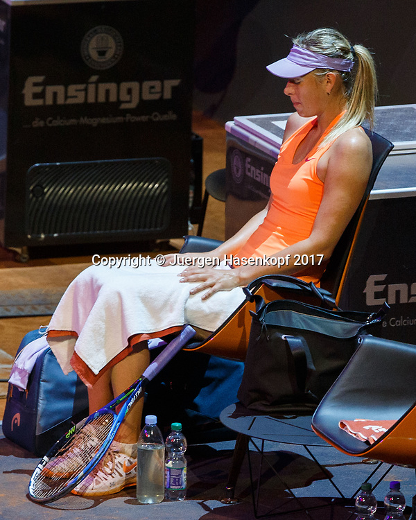 MARIA SHARAPOVA (RUS) sitzt entspannt auf ihrem Stuhl waehrend der Spielpause, Entspannung,Konzentration,<br /> <br /> Tennis - Porsche  Tennis Grand Prix 2017 -  WTA -  Porsche-Arena - Stuttgart -  - Germany  - 27 April 2017.