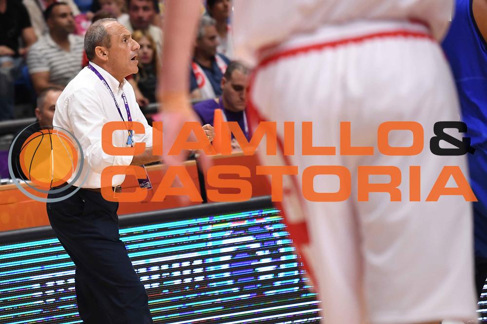 Ettore Messina<br /> Nazionale Italiana Maschile Senior<br /> Eurobasket 2017 - Group Phase<br /> Georgia Italia Georgia Italy<br /> FIP 2017<br /> Tel Aviv, 06/09/2017<br /> Foto M.Ceretti / Ciamillo - Castoria