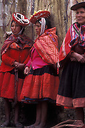 Indigenous women from Pisaq