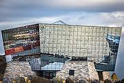 Sea reflections in glass house | Sjøen spegler seg i glasshus - Diamanten til Havila, Mjølstadneset.