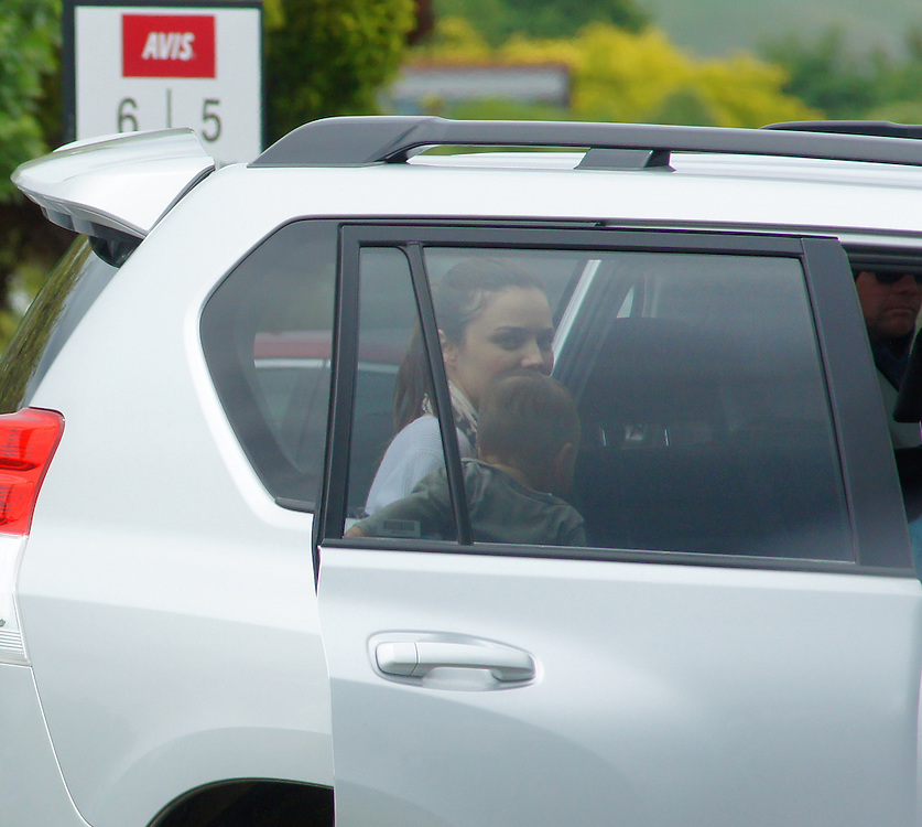 Miranda Kerr, wife of Orlando Bloom, filming in the Hobbit movies arrives at the airport in Nelson, New Zealand, Wednesday, December 07, 2011. Credit:SNPA / Ross Wearing