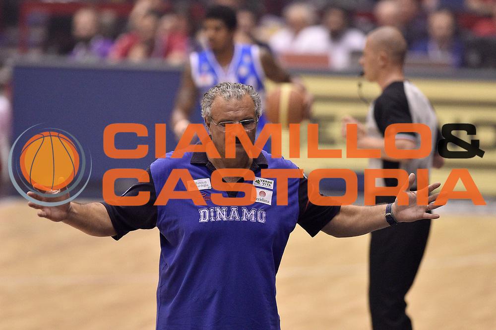 DESCRIZIONE : Milano Lega A 2014-15 EA7 Emporio Armani Milano vs Banco di Sardegna Sassari playoff Semifinale gara 7 <br /> GIOCATORE : Romeo Sacchetti<br /> CATEGORIA : delusione allenatore<br /> SQUADRA : Banco di Sardegna Sassari<br /> EVENTO : PlayOff Semifinale gara 7<br /> GARA : EA7 Emporio Armani Milano vs Banco di Sardegna SassariPlayOff Semifinale Gara 7<br /> DATA : 10/06/2015 <br /> SPORT : Pallacanestro <br /> AUTORE : Agenzia Ciamillo-Castoria/GiulioCiamillo<br /> Galleria : Lega Basket A 2014-2015 Fotonotizia : Milano Lega A 2014-15 EA7 Emporio Armani Milano vs Banco di Sardegna Sassari playoff Semifinale  gara 7 Predefinita :
