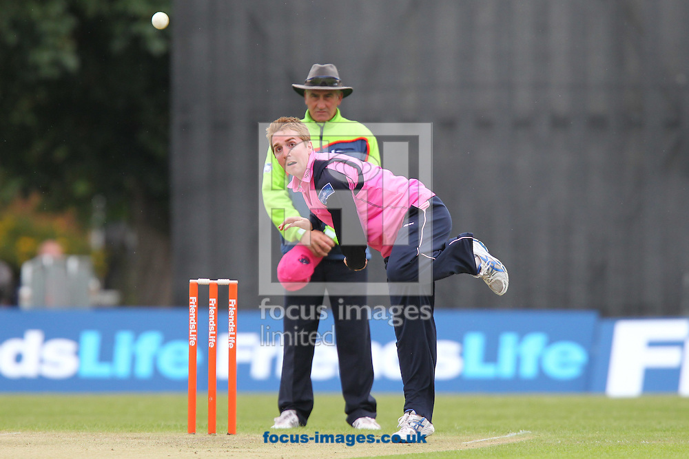 Picture by James Ward/Focus Images Ltd. 07908 205049 .24/6/11.Tom Smith of MIddlesex send a delivery down the wicket during the Friends Life T20 match at Uxbridge Cricket Club.