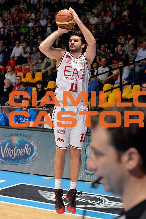 DESCRIZIONE : Final Eight Coppa Italia 2015 Desio Semifinale Olimpia EA7 Emporio Armani Milano - Enel Brindisi<br /> GIOCATORE : Linas Kleiza<br /> CATEGORIA : tiro three points<br /> SQUADRA : EA7 Emporio Armani Milano<br /> EVENTO : Final Eight Coppa Italia 2015 <br /> GARA : Olimpia EA7 Emporio Armani Milano - Enel Brindisi<br /> DATA : 21/02/2015<br /> SPORT : Pallacanestro <br /> AUTORE : Agenzia Ciamillo-Castoria/Max.Ceretti
