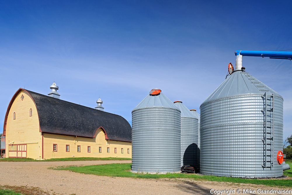 Yellow barn and Grain bins in farmyard - Property Released<br /> Yellow Grass<br /> Saskatchewan<br /> Canada