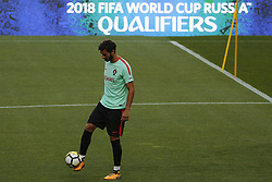 October 8, 2017 - Lisboa, Portugal - Portuguese midfielder Andre Gomes during National Team Training session before the match between Portugal and Switzerland at Luz Stadium in Lisbon on October 8, 2017. ....(Photo by Luis Moreira/NurPhoto) (Credit Image: © Filipe Amorim/NurPhoto via ZUMA Press)