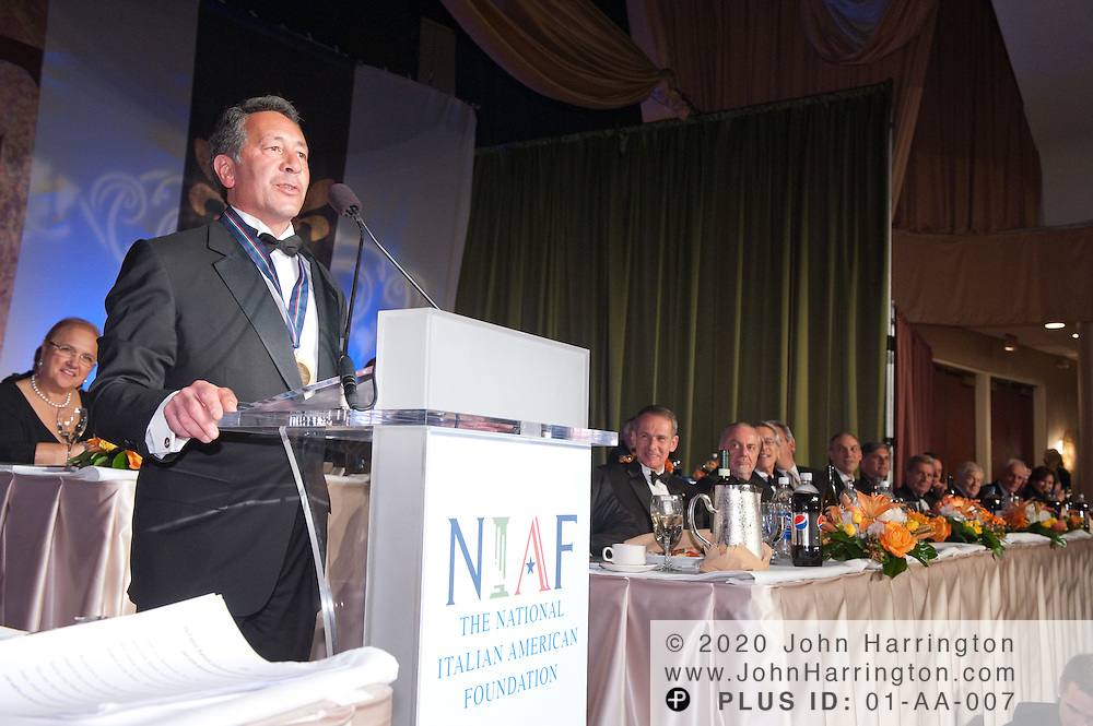Joe Uva recieves the One America award at the 2010 National Italian American Foundation awards gala.
