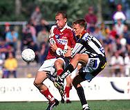 04.07.1999, Pori..Veikkausliiga, FC Jazz v Vaasan Palloseura.Ville Lehtinen (Jazz) v Teemu Jaakkola (VPS).©JUHA TAMMINEN