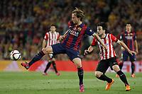 Barcelona´s Rakitic (L) and Athletic de Bilbao´s Benat Etxebarria during 2014-15 Copa del Rey final match between Barcelona and Athletic de Bilbao at Camp Nou stadium in Barcelona, Spain. May 30, 2015. (ALTERPHOTOS/Victor Blanco)