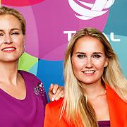NLD/Hilversum/20150715 - Premiere Binnenstebuiten, Marit van Bohemen en Peggy Vrijens