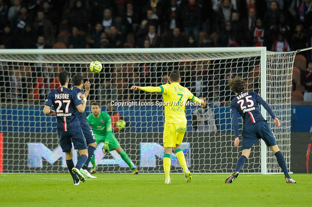 But de Alejandro Bedoya - 06.12.2014 - PSG / Nantes - 17eme journee de Ligue 1<br />