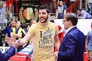 DESCRIZIONE : Varese Lega A 2014-15 Openjobmetis Varese Sidigas Avellino<br /> GIOCATORE : Casella Andrea<br /> CATEGORIA : Mani  Curiosità espressioni <br /> SQUADRA : Openjobmetis Varese<br /> EVENTO : Campionato Lega A 2014-2015<br /> GARA : Openjobmetis Varese Sidigas Avellino<br /> DATA : 10/05/2015<br /> SPORT : Pallacanestro<br /> AUTORE : Agenzia Ciamillo-Castoria/M.Ozbot<br /> Galleria : Lega Basket A 2014-2015 <br /> Fotonotizia: Varese Lega A 2014-15  Openjobmetis Varese Sidigas Avellino
