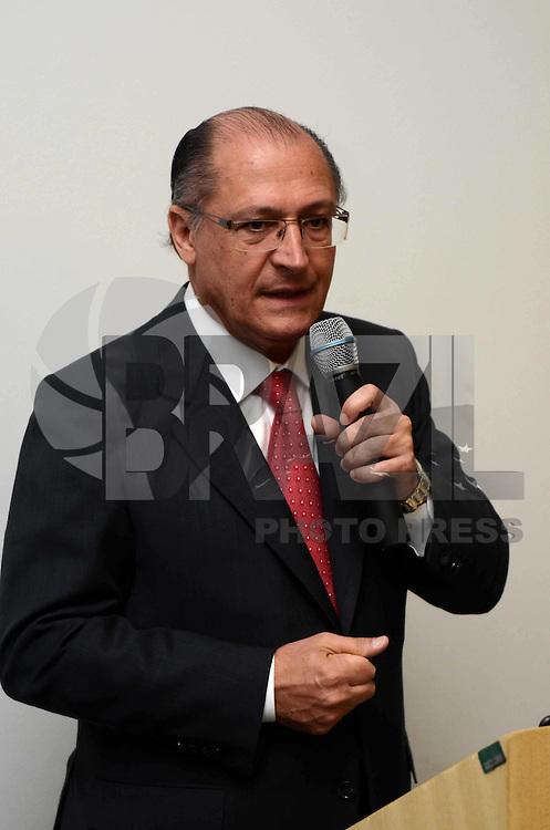 SAO PAULO, 28 DE MARCO DE 2012 - BALANCO DE ACOES DE COMBATE A DENGUE SP - Governador Geraldo Alckmin apresentou o balanço das ações de combate à dengue no Estado. na manhã desta quarta-feira, no Centro de Convencoes Reboucas, região gião central da capital. FOTO: ALEXANDRE MOREIRA - BRAZIL PHOTO PRESS