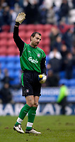 Photo: Jed Wee.<br />Wigan Athletic v Liverpool. The Barclays Premiership. 11/02/2006.<br />Liverpool's Jerzy Dudek waves goodbye.