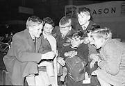 Children return from the Western Gaeltacht..04.12.1962