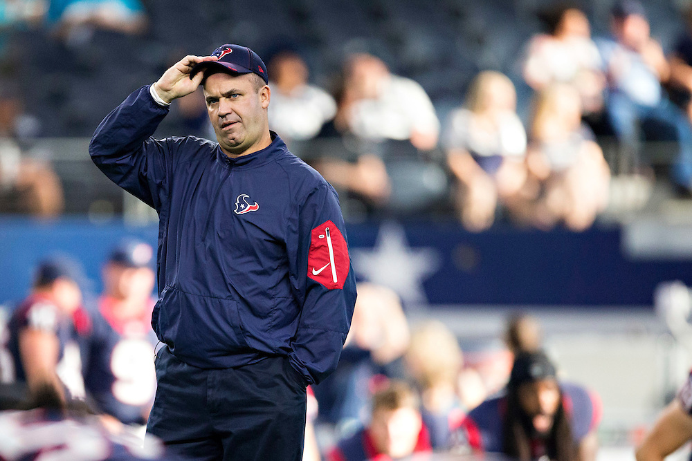 ARLINGTON, TX - SEPTEMBER 3:  Head Coach Bill O'Brien of the Houston Texans watches his team warm up before a preseason game against the Dallas Cowboys at AT&T Stadium on September 3, 2015 in Arlington, Texas.  The Cowboys defeated the Texans 21-14.  (Photo by Wesley Hitt/Getty Images) *** Local Caption *** Bill O'Brien