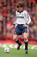 Darren Anderton - Tottenham.  Aston Villa v Tottenham Hotspur. FA Premiership, 11/11/2000. Credit: Colorsport / Nick Kidd.