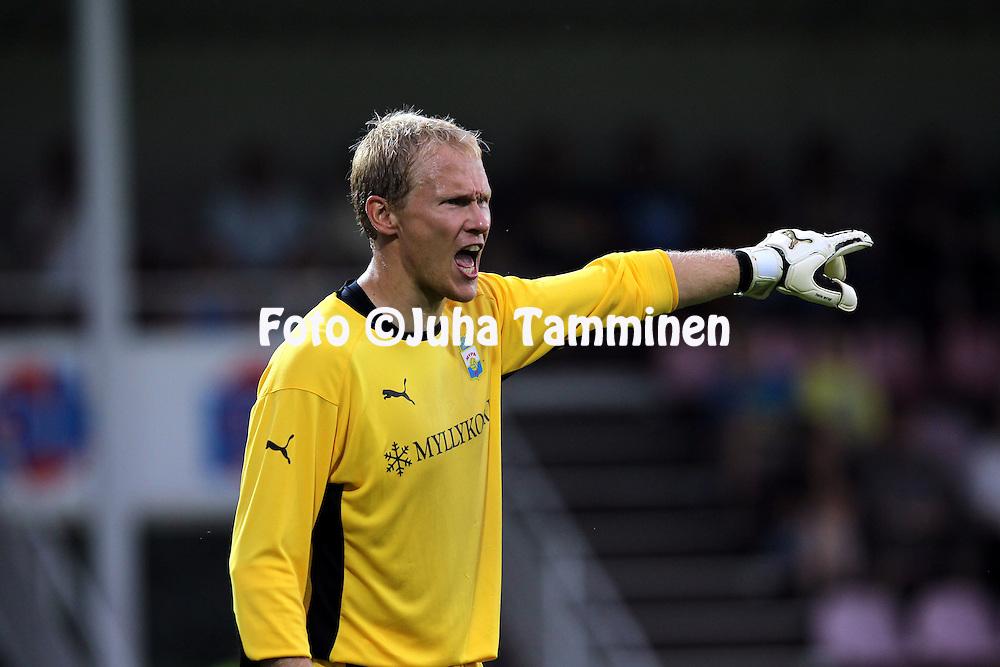 29.07.2010, Saviniemen jalkapallostadion, Myllykoski, Kouvola..UEFA Europa League 2010-11, 3. karsintakierros, 1. osaottelu, Myllykosken Pallo-47 - FC Timisoara (Romania)..Antti Kuismala - MyPa.©Juha Tamminen.