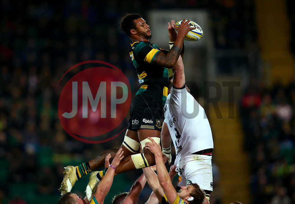 Courtney Lawes of Northampton Saints beats James Phillips of Bath Rugby to the ball at a line out - Mandatory by-line: Robbie Stephenson/JMP - 15/09/2017 - RUGBY - Franklin's Gardens - Northampton, England - Northampton Saints v Bath Rugby - Aviva Premiership