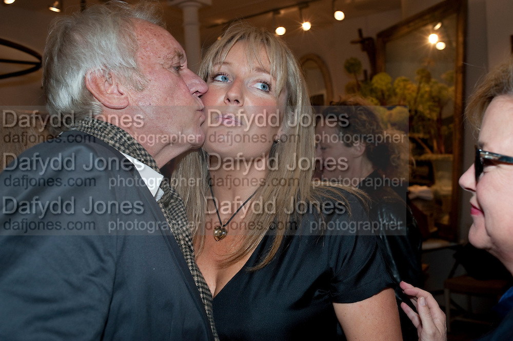 JOHN RENDALL; ZOE HOARE;, The Pimlico Road Summer party. London SW1. 9 June 2009