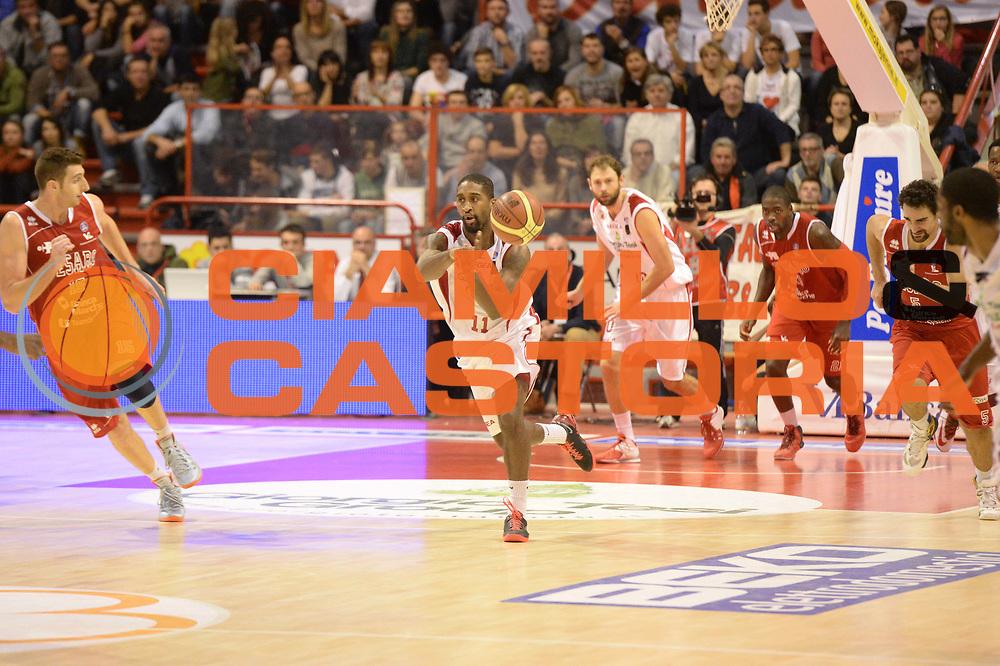DESCRIZIONE : Pistoia Lega serie A 2013/14 Giorgio Tesi Group Pistoia Victoria Libertas Pesaro<br /> GIOCATORE : wanamaker bradley<br /> CATEGORIA : contropiede<br /> SQUADRA : Giorgio Tesi Group Pistoia<br /> EVENTO : Campionato Lega Serie A 2013-2014<br /> GARA : Giorgio Tesi Group Pistoia Victoria Libertas Pesaro<br /> DATA : 24/11/2013<br /> SPORT : Pallacanestro<br /> AUTORE : Agenzia Ciamillo-Castoria/GiulioCiamillo<br /> Galleria : Lega Seria A 2013-2014<br /> Fotonotizia : Pistoia Lega serie A 2013/14 Giorgio Tesi Group Pistoia Victoria Libertas Pesaro<br /> Predefinita :