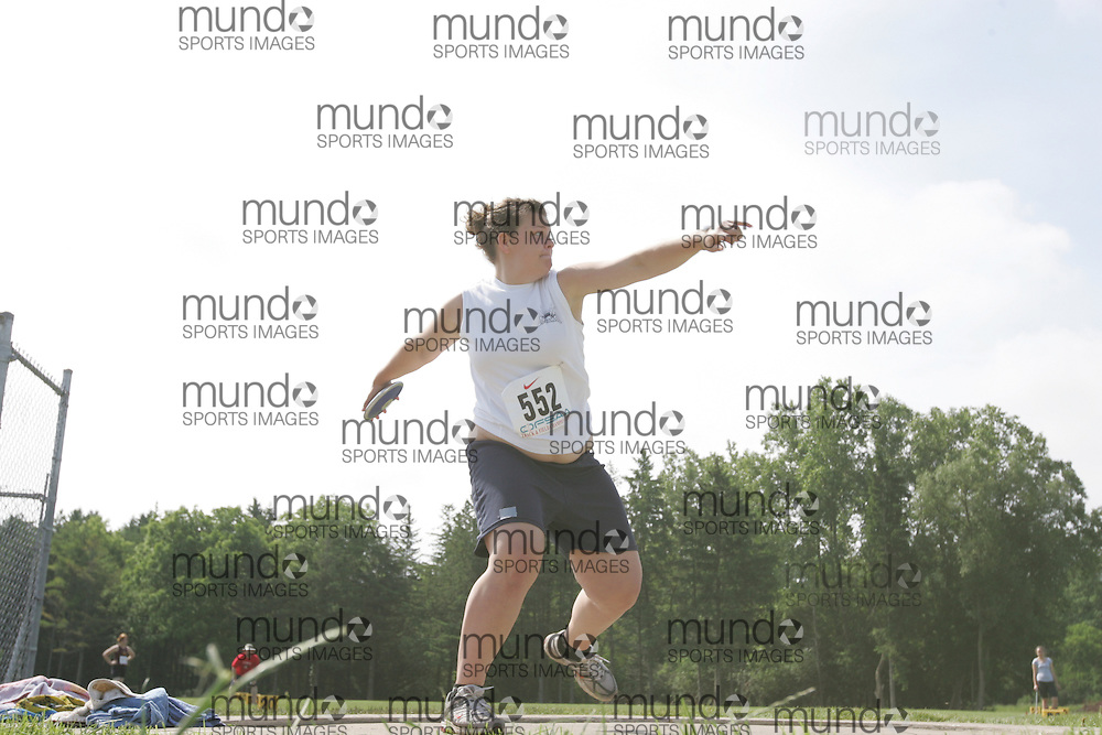 (London, Ontario}---04 June 2010) Alexane Bergevin of ES Casselman - Casselman competing in the Discus at the 2010 OFSAA Ontario High School Track and Field Championships. Photograph copyright Sean Burges / Mundo Sport Images, 2010.