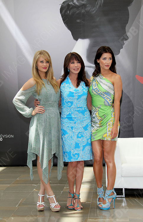 12.JUNE.2012. MONACO<br /> <br /> PHOTOCALL OF 'THE BOLD AND THE BEAUTIFUL' WITH ACTORS SCOTT CLIFTON, DON DIAMONT, KIM MATULA, HUNTER TYLO AND JACQUI WOOD AT THE 52ND MONTE-CARLO TELEVISION FESTIVAL.  <br /> <br /> BYLINE: EDBIMAGEARCHIVE.CO.UK<br /> <br /> *THIS IMAGE IS STRICTLY FOR UK NEWSPAPERS AND MAGAZINES ONLY*<br /> *FOR WORLD WIDE SALES AND WEB USE PLEASE CONTACT EDBIMAGEARCHIVE - 0208 954 5968*
