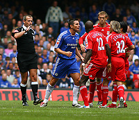 Frank Lambard raises his arm to<br />Bolo Zenden Liverpool<br />Chelsea 2006/07<br />Chelsea V Liverpool Community Shield at the Millenium Stadium in Cardiff 13/08/06<br />Photo Robin Parker Fotosports International