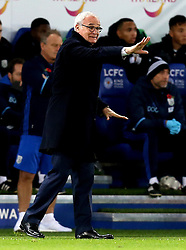 Leicester City manager Claudio Ranieri issues instructions to his players - Mandatory by-line: Robbie Stephenson/JMP - 06/11/2016 - FOOTBALL - King Power Stadium - Leicester, England - Leicester City v West Bromwich Albion - Premier League