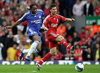 Photo: Paul Thomas.<br /> Liverpool v Chelsea. The FA Barclays Premiership. 19/08/2007.<br /> <br /> Xabi Alonso of Liverpool battles Didier Drogba (L).