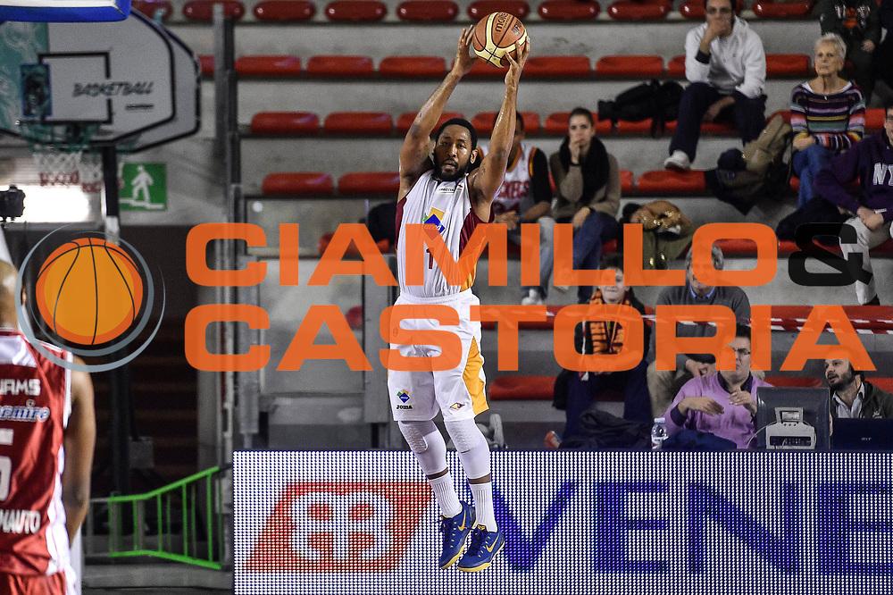 DESCRIZIONE : Campionato 2014/15 Virtus Acea Roma - Giorgio Tesi Group Pistoia<br /> GIOCATORE : Austin Freeman<br /> CATEGORIA : Rimbalzo Controcampo<br /> SQUADRA : Virtus Acea Roma<br /> EVENTO : LegaBasket Serie A Beko 2014/2015<br /> GARA : Dinamo Banco di Sardegna Sassari - Giorgio Tesi Group Pistoia<br /> DATA : 22/03/2015<br /> SPORT : Pallacanestro <br /> AUTORE : Agenzia Ciamillo-Castoria/GiulioCiamillo<br /> Predefinita :