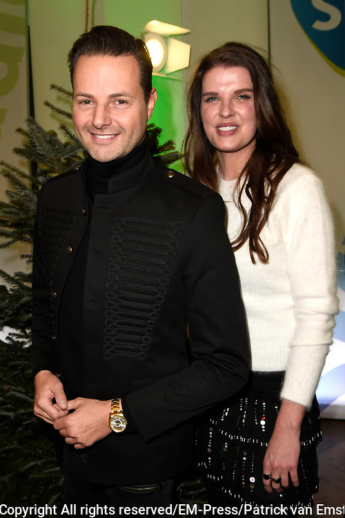 De 8e editie van Sky Radio&rsquo;s goede doelen-event Christmas Tree For Charity in The College Hotel, Amsterdam.<br /> <br /> Op de foto:  Stylistes Fred van Leer en Manon Meijers