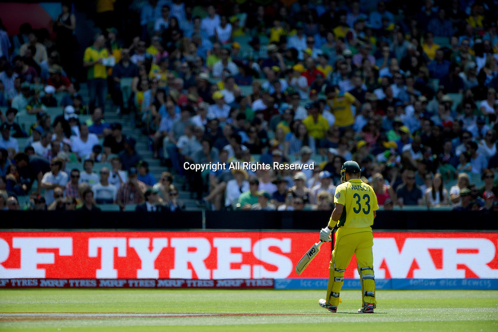 Shane Watson (AUS) bowled out for a duck by Chris Broad (ENG)<br /> Australia vs England / Match 2<br /> 2015 ICC Cricket World Cup / Pool A<br /> MCG / Melbourne Cricket Ground <br /> Melbourne Victoria Australia<br /> Saturday 14 February 2015<br /> &copy; Sport the library / Jeff Crow