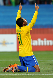 28.06.2010, Ellis Park Stadium, Johannesburg, RSA, FIFA WM 2010, Brazil (BRA) vs Chile. (CHI), im Bild L'esultanza di Robinho (Brasile) per il gol del 3-0 .Robinho 's celebration for his 3-0 leading goal scored for Brazil. EXPA Pictures © 2010, PhotoCredit: EXPA/ InsideFoto/ Giorgio Perottino +++ for Austria and Slovenia only +++ / SPORTIDA PHOTO AGENCY