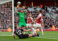 Football - 2018 / 2019 Premier League - Arsenal vs. Everton<br /> <br /> Petr Cech (Arsenal FC) watches as the ball hits the post and crossbar from Lucas Digne (Everton FC ) effort at The Emirates.<br /> <br /> COLORSPORT/DANIEL BEARHAM