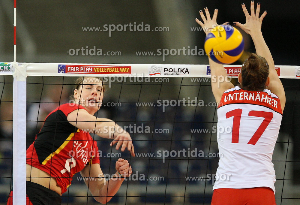 04.01.2014, Atlas Arena, Lotz, POL, FIVB, Damen WM Qualifikation, Belgien vs Schweiz, im Bild Freya AELBRECHT (BEL), Laura UNTERNAHRER (SUI) // Freya AELBRECHT (BEL), Laura UNTERNAHRER (SUI) during the ladies FIVB World Championship qualifying match between Belgium and Switzerland at the Atlas Arena in Lotz, Poland on 2014/01/05. EXPA Pictures &copy; 2014, PhotoCredit: EXPA/ Newspix/ Tomasz Jastrzebowski<br /> <br /> *****ATTENTION - for AUT, SLO, CRO, SRB, BIH, MAZ, TUR, SUI, SWE only*****