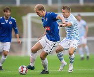 Lasse Frendrup (Holbæk B&I) presses af Jeppe Kjær (FC Helsingør) under kampen i 2. Division mellem FC Helsingør og Holbæk B&I den 6. september 2019 på Helsingør Ny Stadion (Foto: Claus Birch).