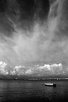 Imbarcazione ormeggiata a San Vito, Taranto