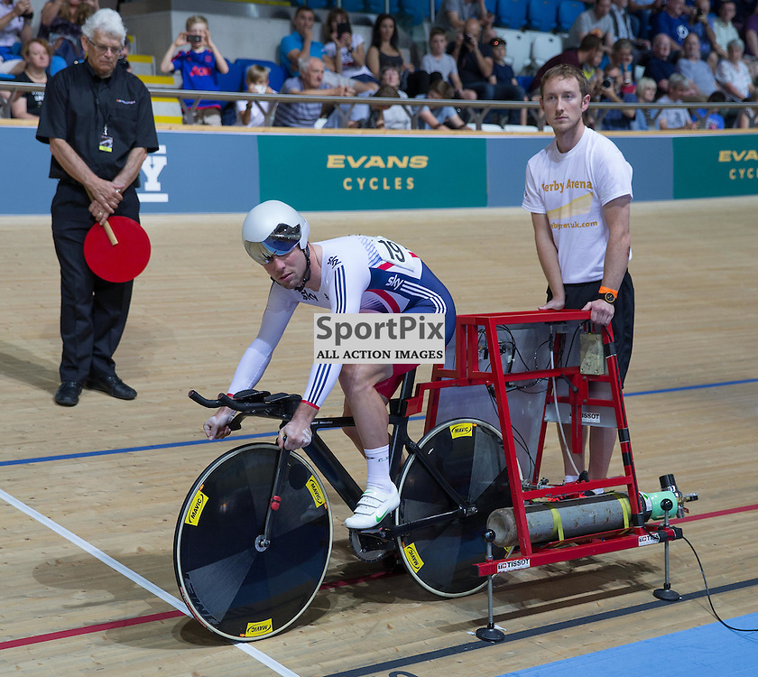 Mark Cavendish, Team GB waits to start the Men's Omnium Individual Pursuit at the Revoultion Series 2015/6 Round 1 Derby, Day 2, on 15 August 2015 ( (Photo by Mike Poole - Photopoole)