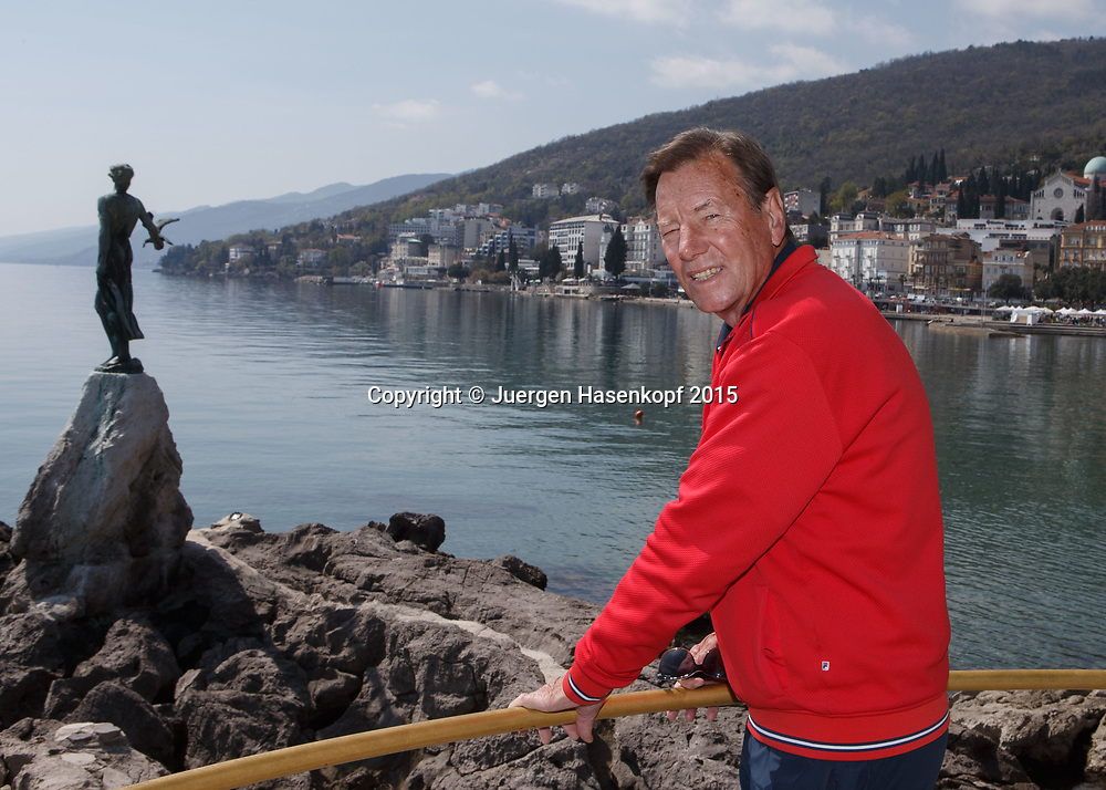 Tennis Trainer Legende Niki Pilic in Opatija, Kroatien<br /> <br /> travel - Niki Pilic in Opatija, Kroatien -  Opatija -  - Croatia  - 10 April 2015. <br /> &copy; Juergen Hasenkopf