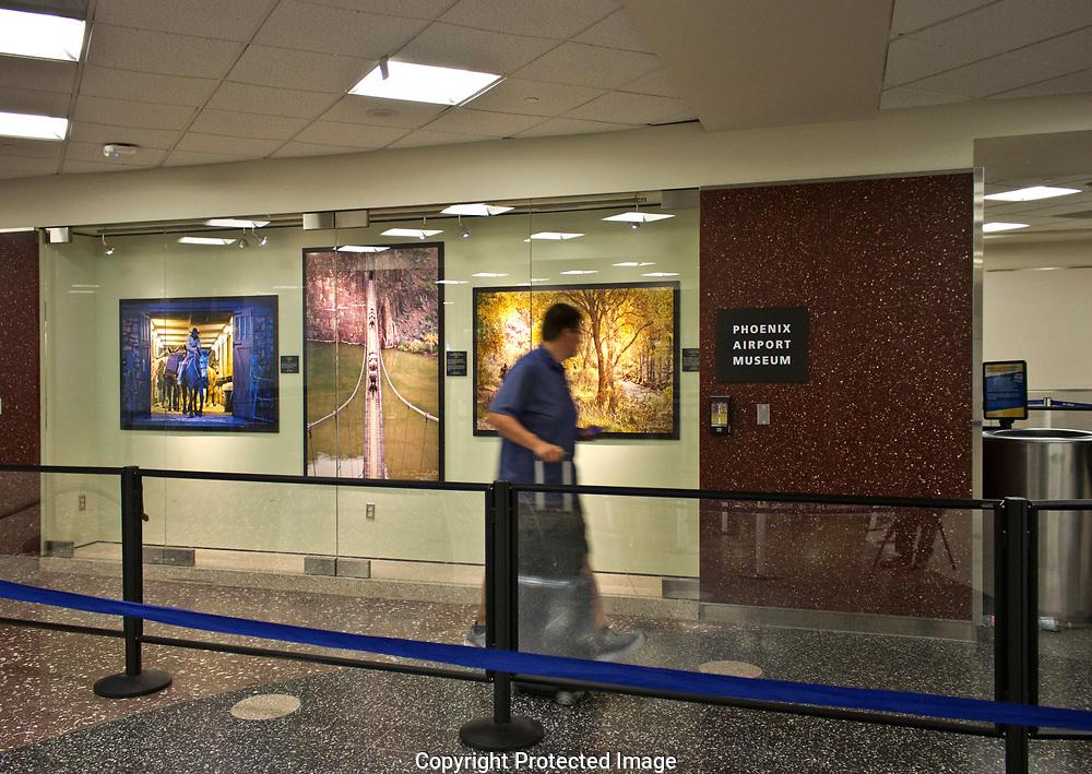 Phoenix Sky Harbor international airport terminal two, TSA check in que