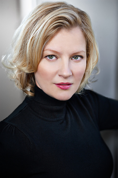 Portrait of actress Gretchen Mol by Michel Leroy PHOTOGRAPHER