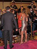 WIF Jennifer Aniston 06/12/2009
