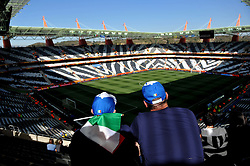 20.06.2010, Mbombela Stadium, Nelspruit, RSA, FIFA WM 2010, Italy (ITA) vs New Zealand (NZL), im Bild Tifosi dell'Italia, Italienische Fans, Fans from Italy.. EXPA Pictures © 2010, PhotoCredit: EXPA/ InsideFoto/ Giorgio Perottino +++ for AUT and SLO only +++ / SPORTIDA PHOTO AGENCY